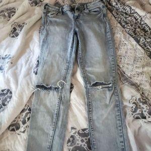 Bullhead Jeans size 28